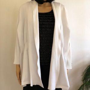 89th & Madison Women's 3X plus size white sweater